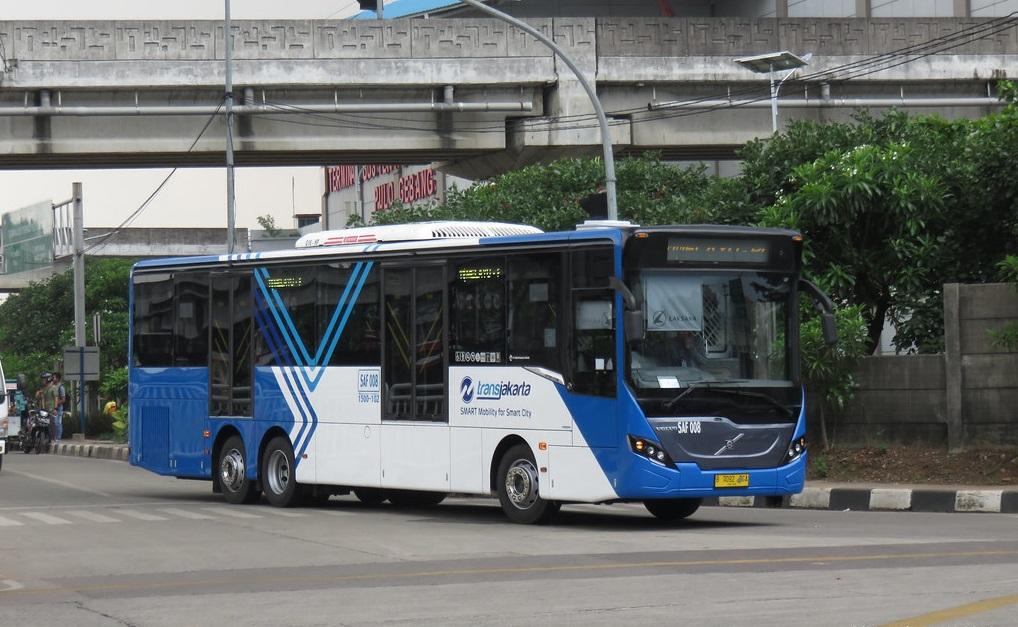 foto ibistrans.com volvo b11r transjakarta