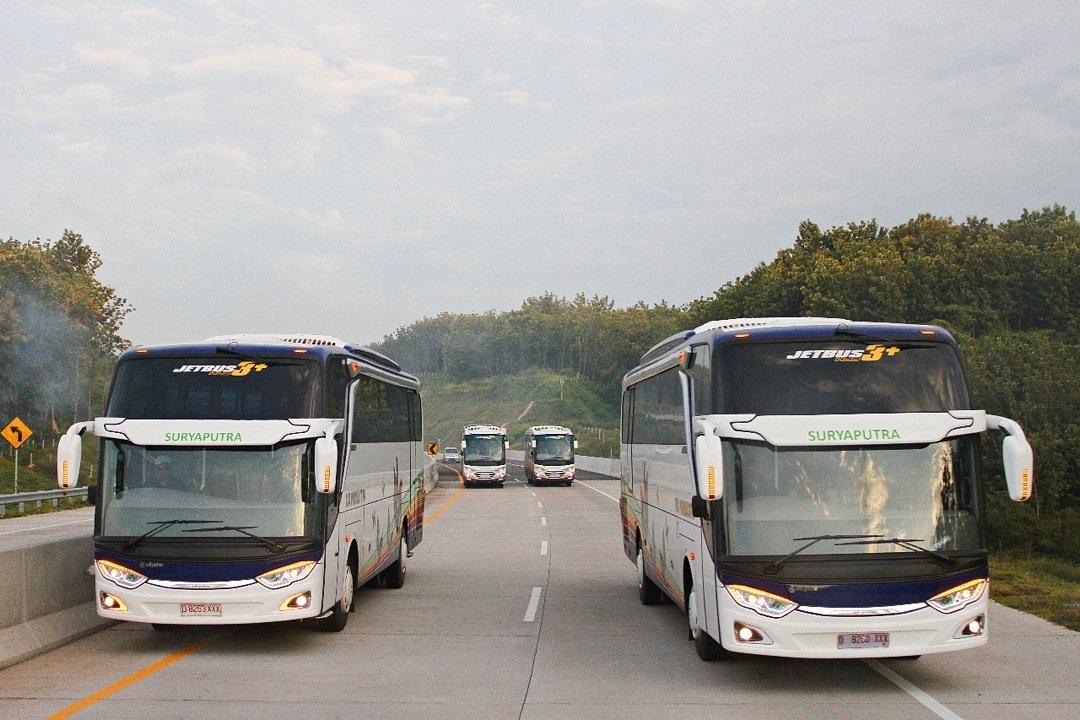 foto saungbus.com dari bus mania