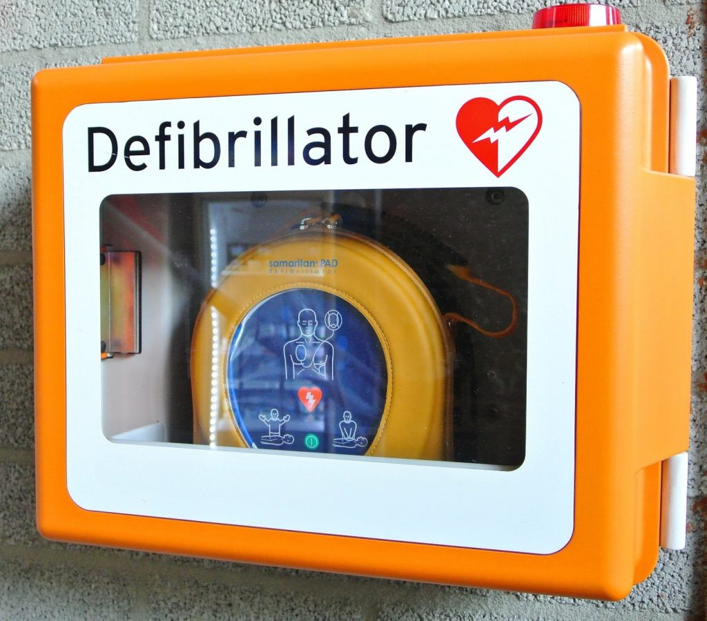 jenis defibrillator